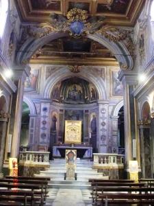 San Bartolomeo, Interior